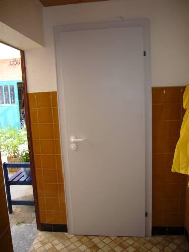 Die Tür zum Hofklo.