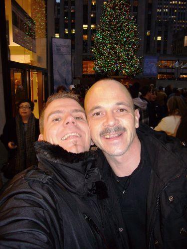 Sascha und ich vor dem Rockefeller Center.