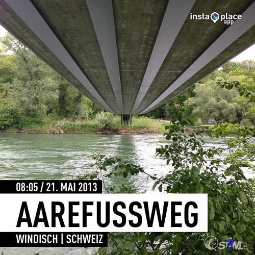 Unter der Spannbandbrücke am Aarefußweg.