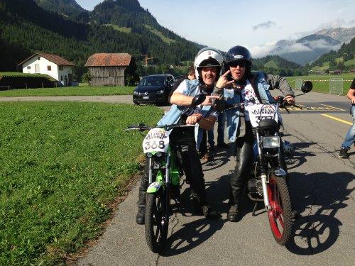 Zwei von der Swatch Alpen Gang.