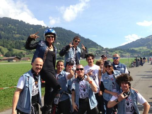 Die gesamte Swatch Alpen Gang 2013 vor dem Start.