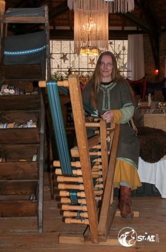 Anna und ihre Brettchenborde.