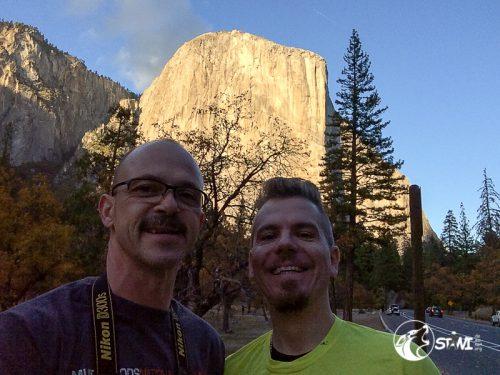 El Capitan ist ein etwa 1.000 Meter hoher Monolith im Yosemite-Nationalpark.