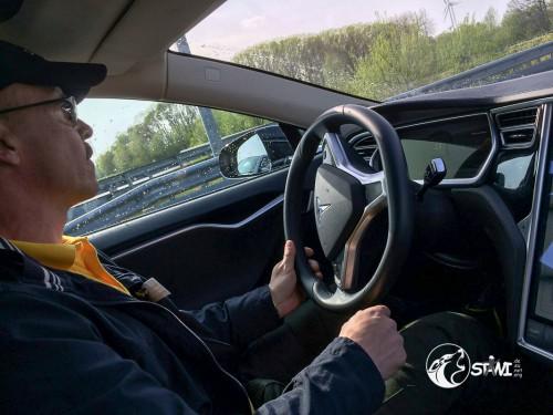 Weiter geht es im Tesla