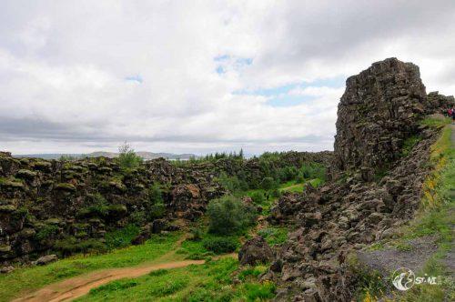 Þingvellir [θiŋkvetlir]