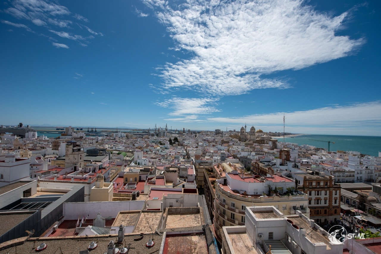 Über den Dächern von Cadiz