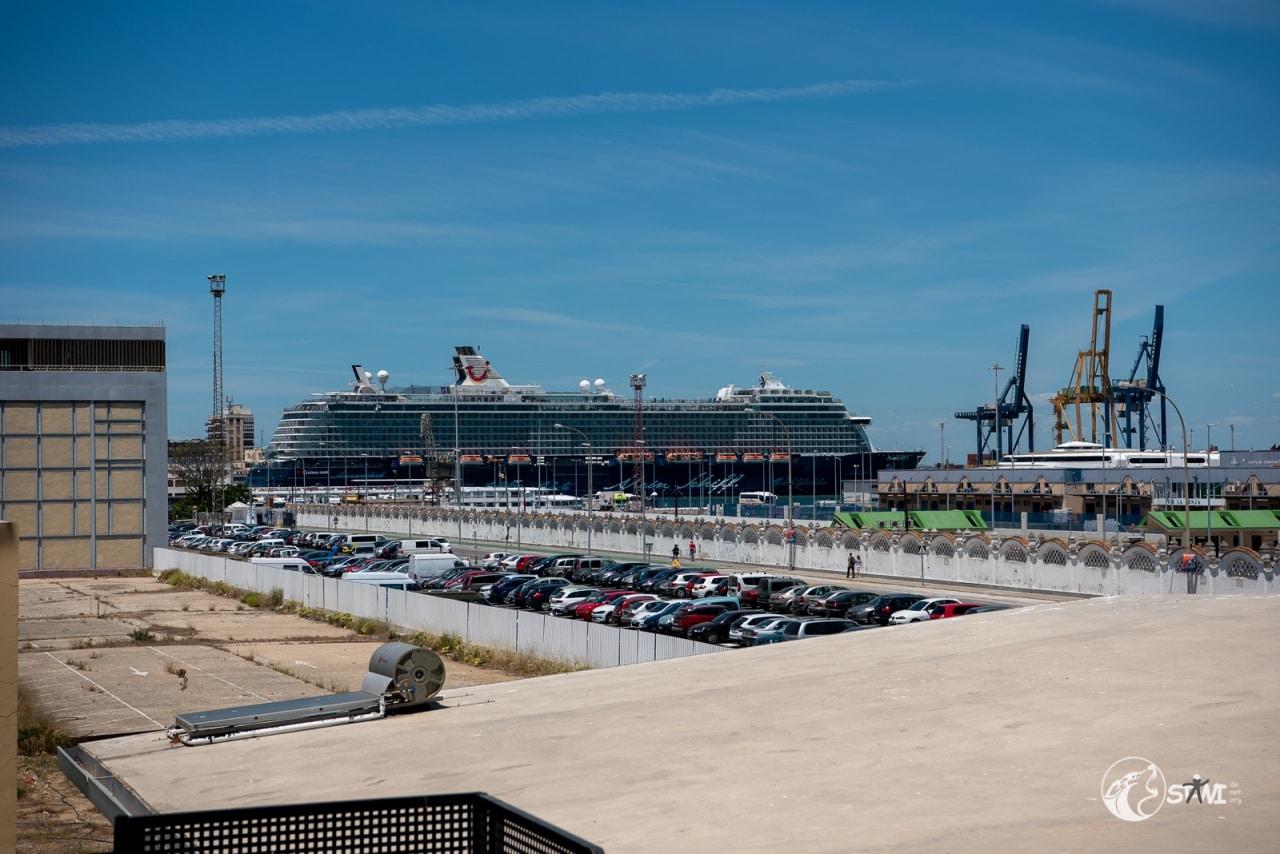 Mein Schoff 3 im Hafen von Cadiz